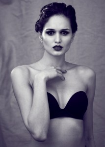 Black and white beauty shoot. Model with wet hair. Photography by Barnaby Newton. MAkeup and Hair by Veronica Peters.